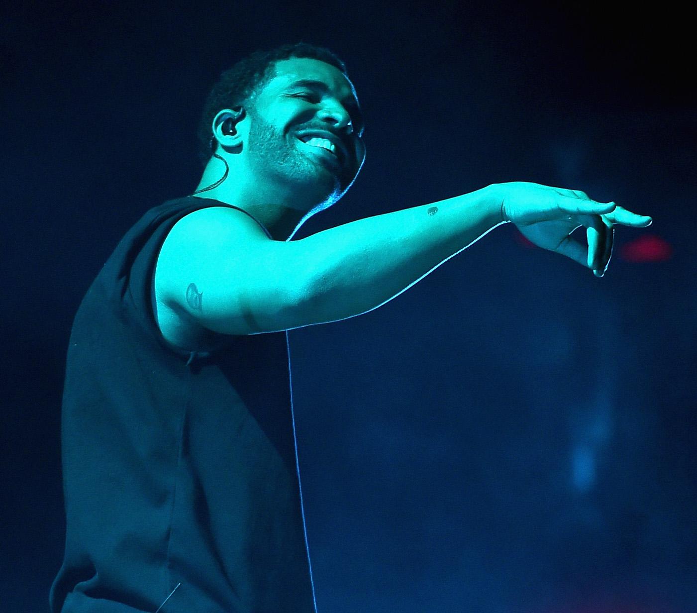 Drake 'respects' Kim Kardashian