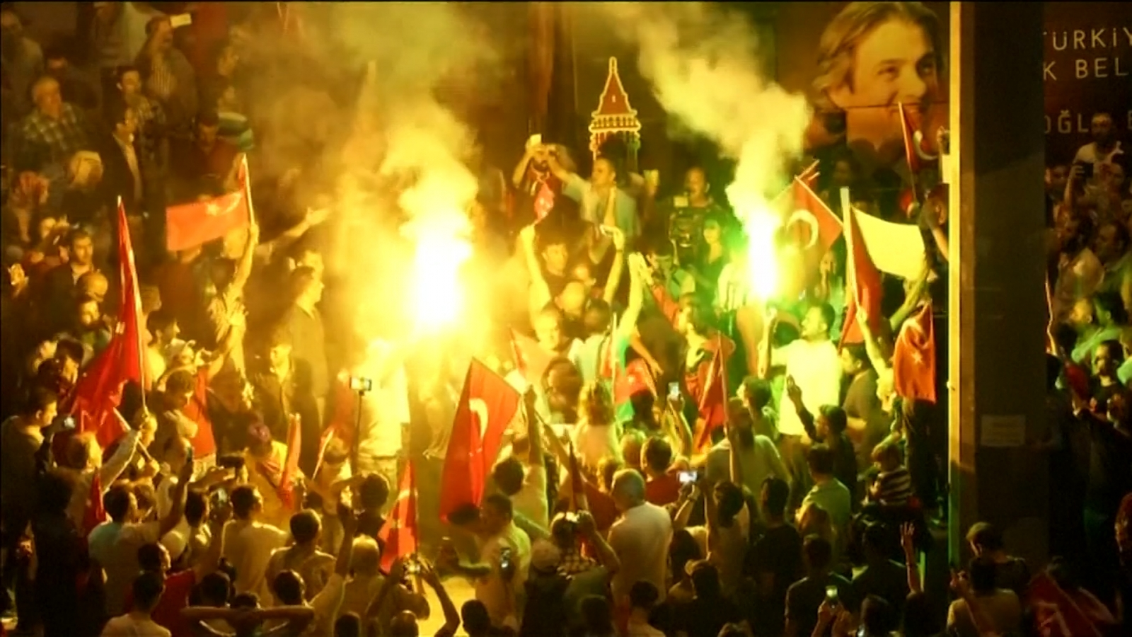 Turkey supporters continue demonstrations