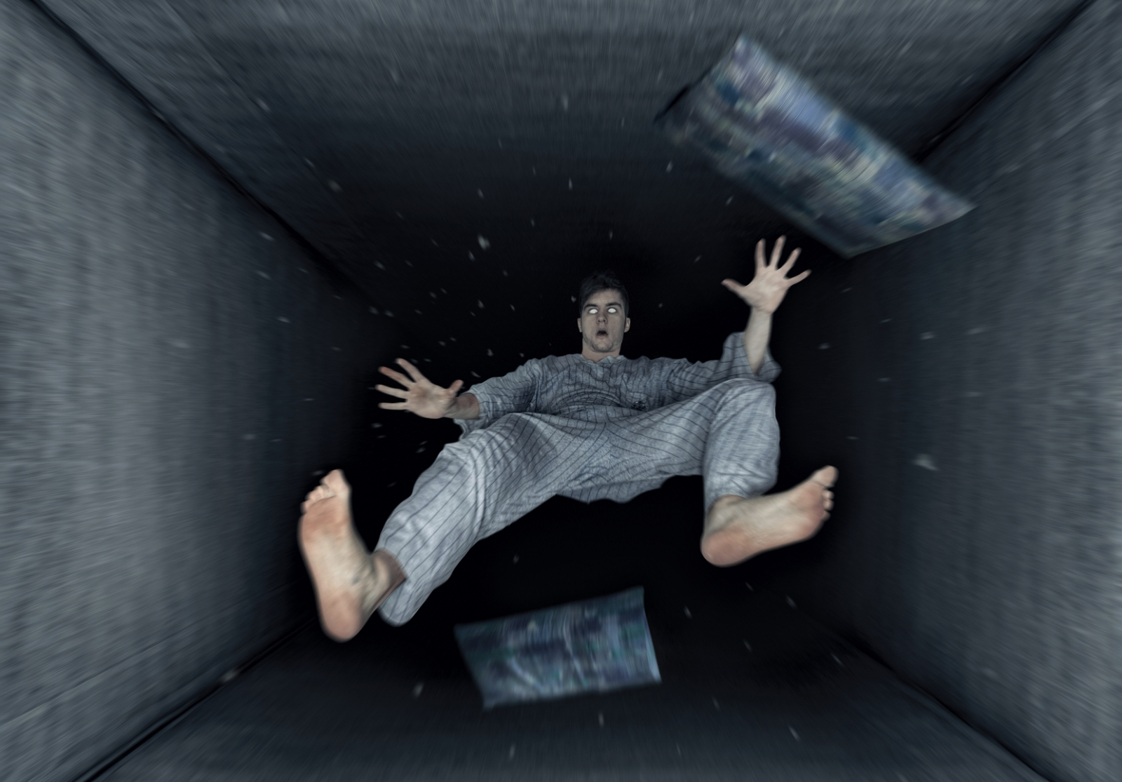 Hypnic jerk: Why do you feel like you're falling when you go to sleep?