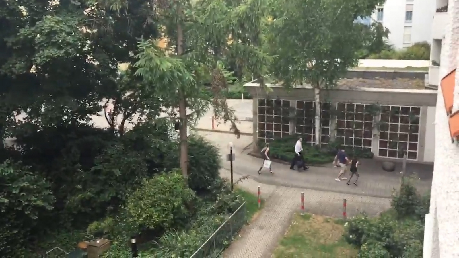 Munich: Video shows people fleeing from Olympia shopping centre
