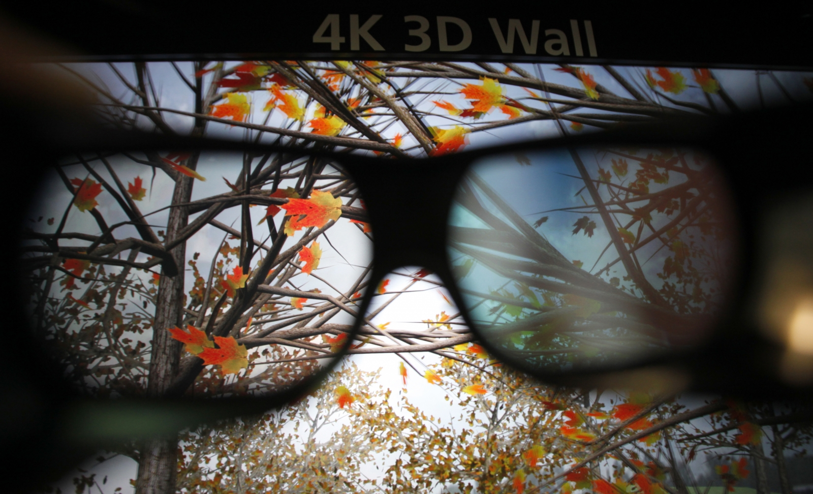 MIT invents new 3D movie screen that will allow movie-goers to watch without glasses