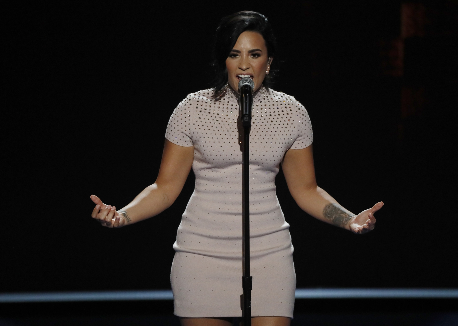 Demi Lovato to DNC: 'I Am Living With Mental Illness'