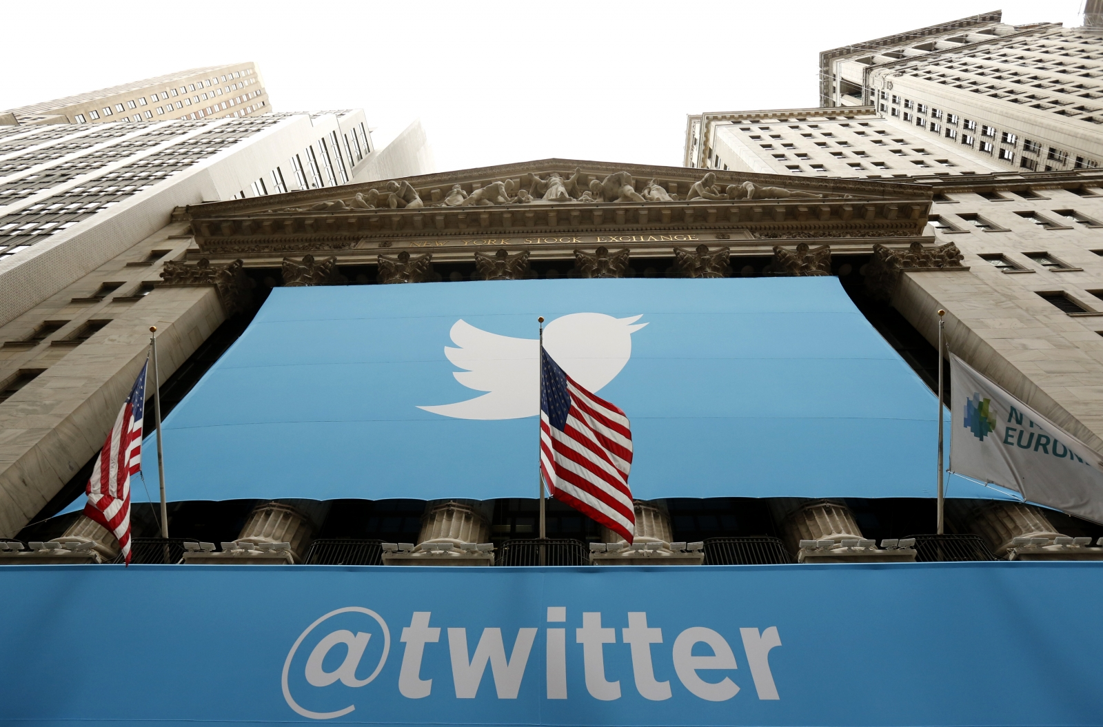 Twitter sees a decline in quarterly loss but slowest revenue growth since 2013