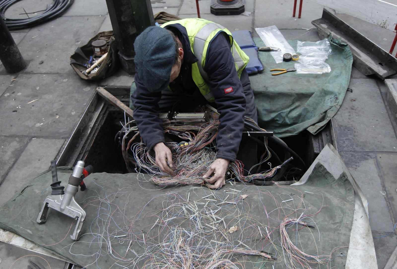 UK Government should re-affirm its broadband commitment to stop many from falling into a