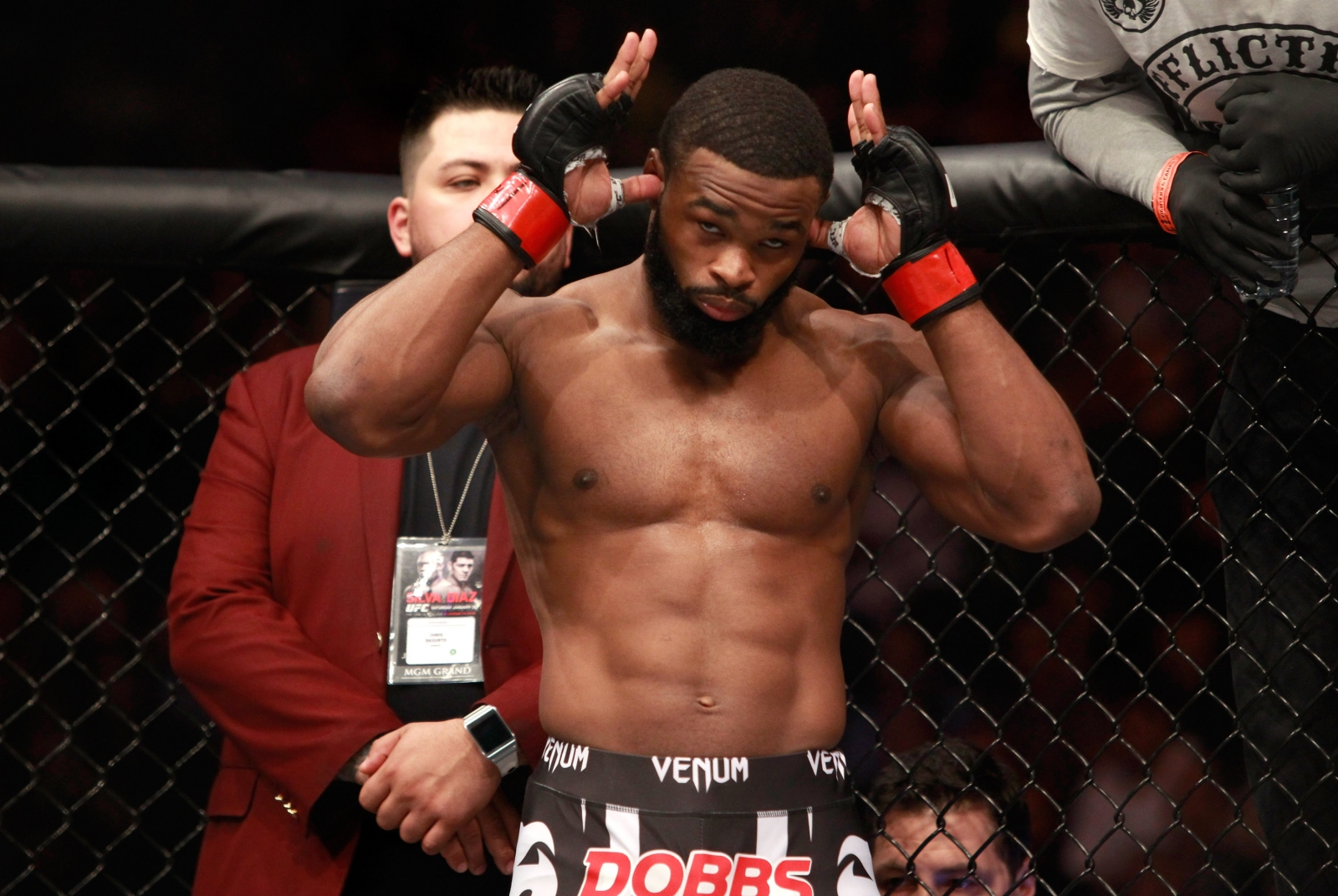 Tyron Woodley earns title on devastating TKO