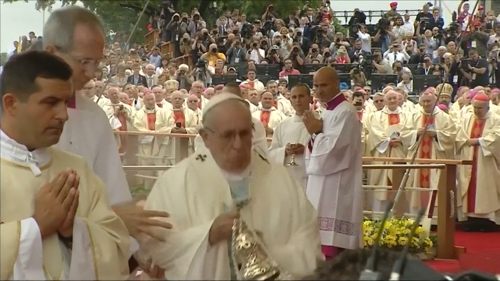 Pope Francis falls over