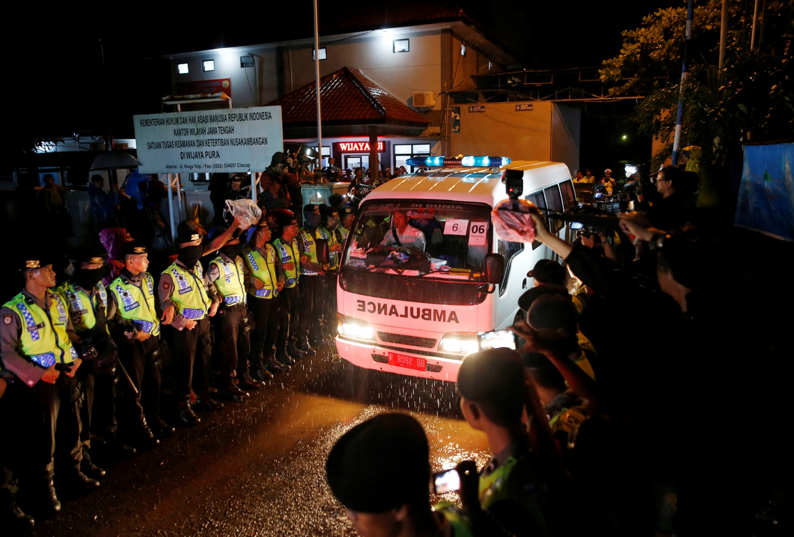 Indonesia executes death row convicts