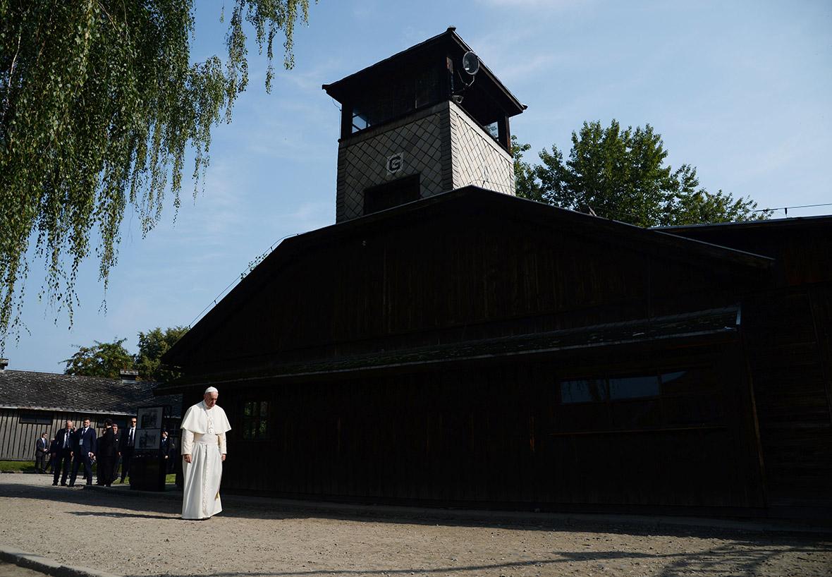 Pope Francis Auschwitz