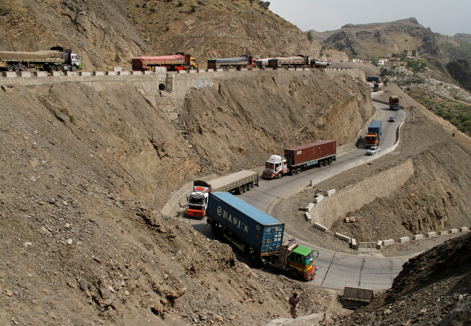 vehicle smuggling pakistan afghanistan