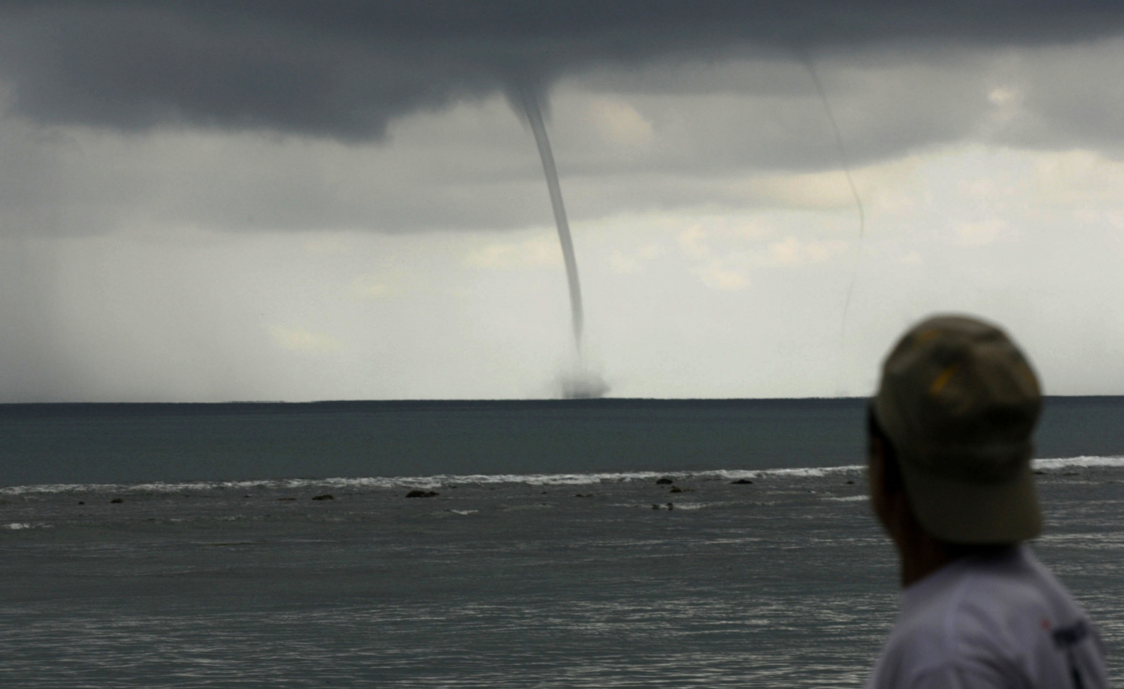 waterspout tornado weather