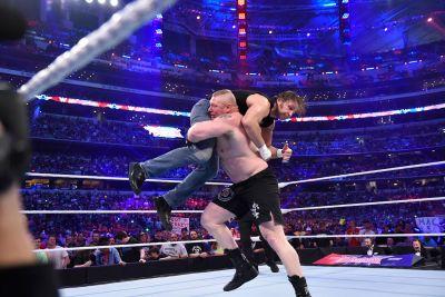 Dean Ambrose vs Brock Lesnar