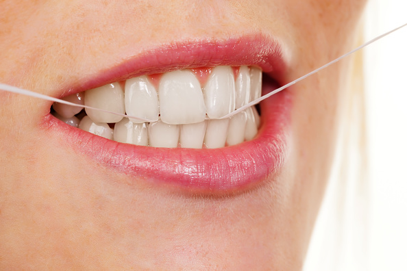 flossing dental hygiene
