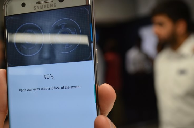 Samsung Note 7 iris scanner