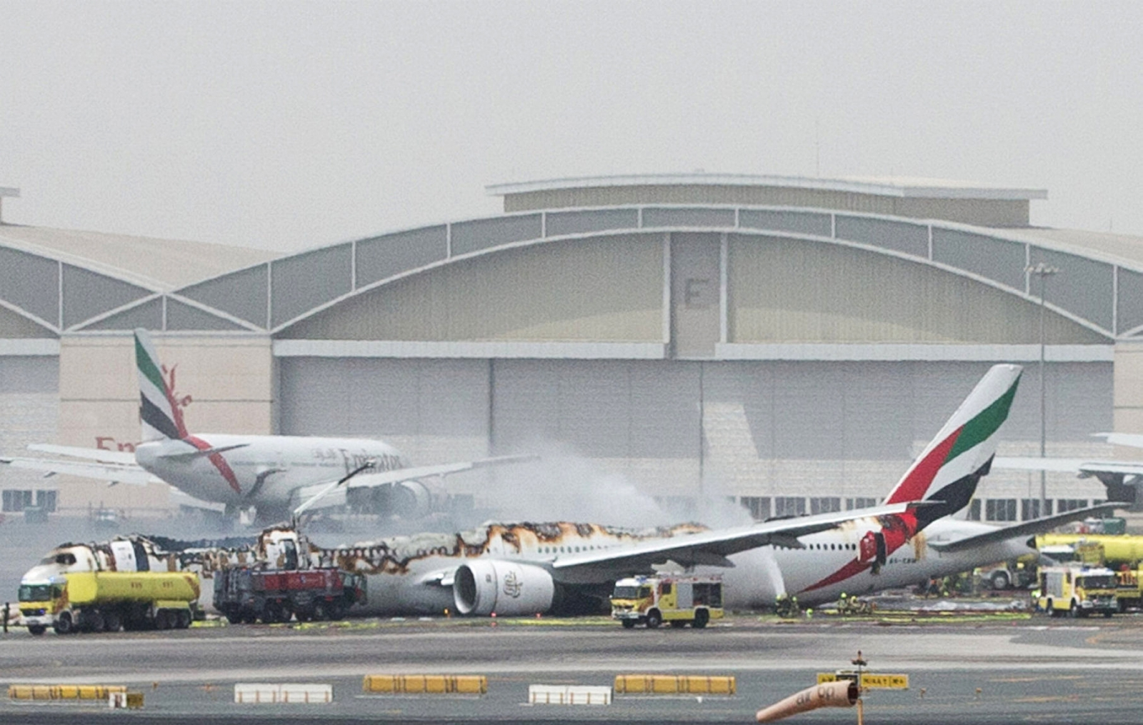 Dubai plane crash-landing