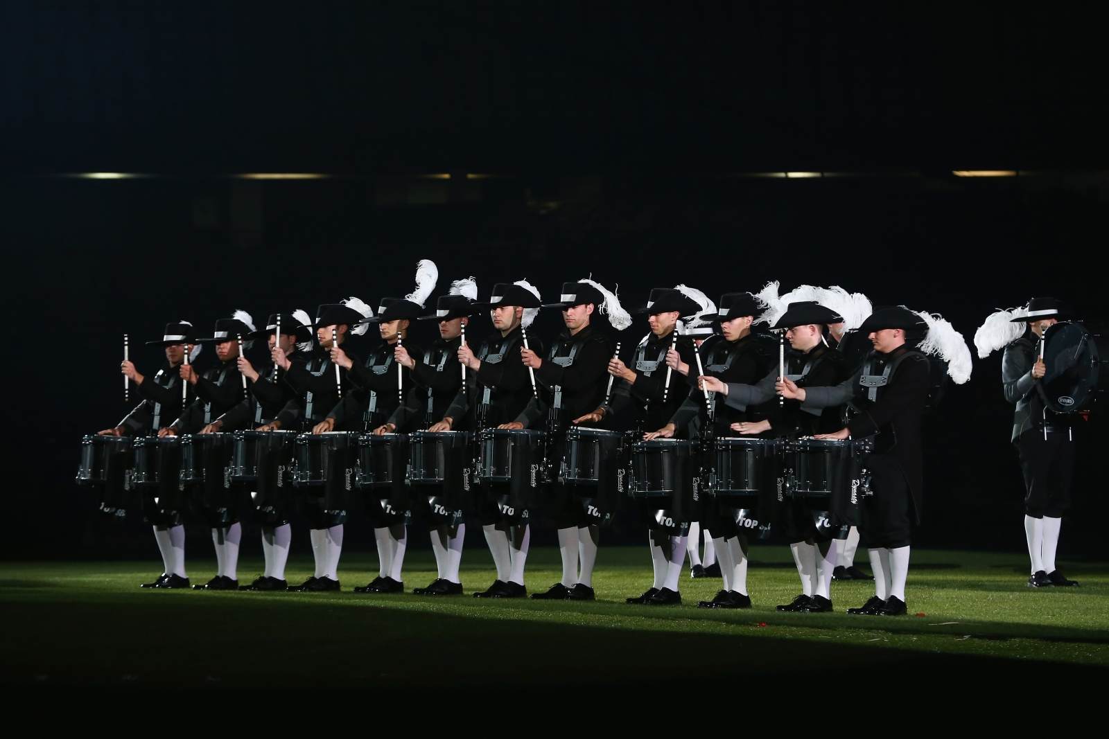 Royal edinburgh military tattoo 2016 dates programme and for Royal edinburgh military tattoo
