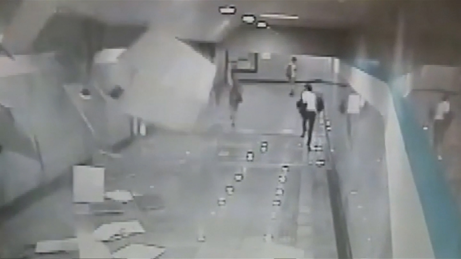 Ceiling collapse in Shanghai