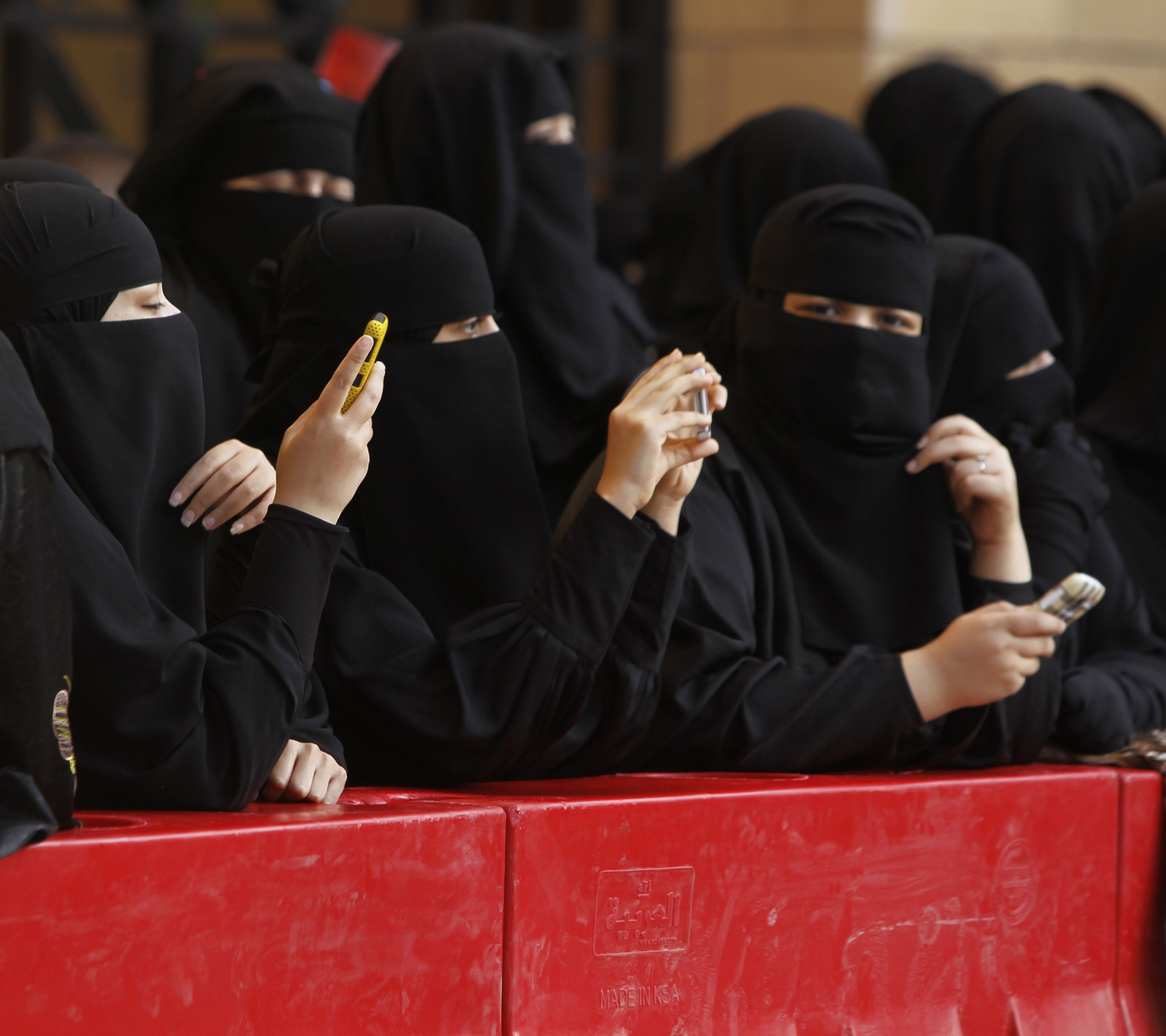 Saudi women launch social media campaign with over 170,000 Tweets demanding end of male guardianship