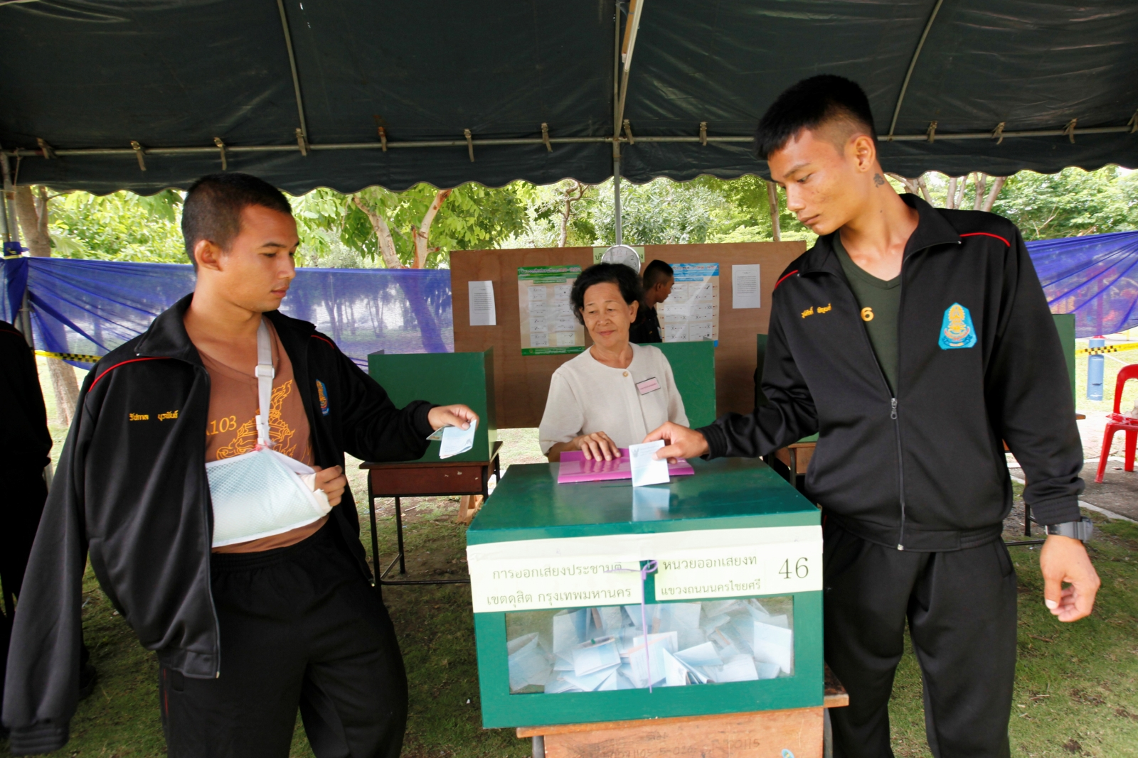 Thailand referendum 2016 army voters