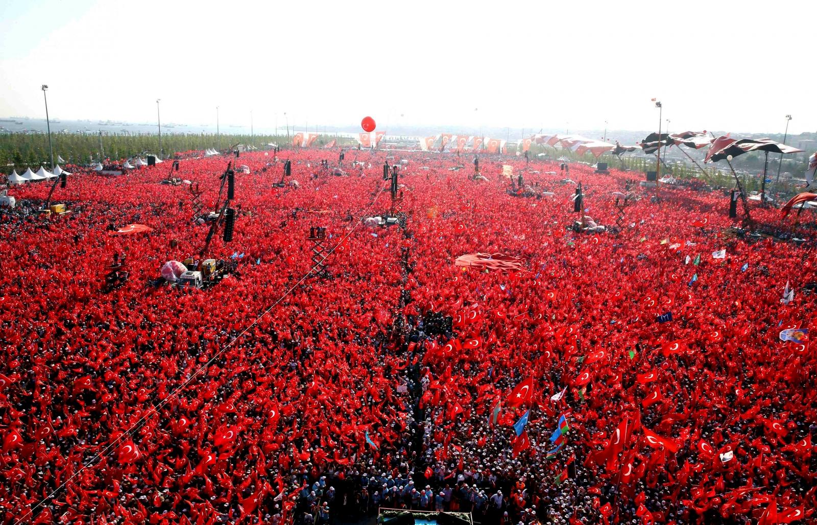 Turkey Democracy and Martyrs' rally