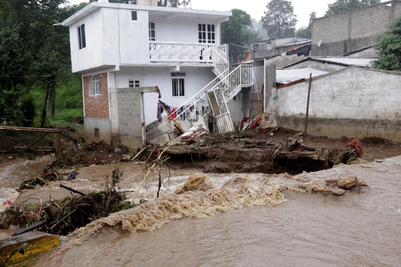 Mexico landslides Hurricane Earl