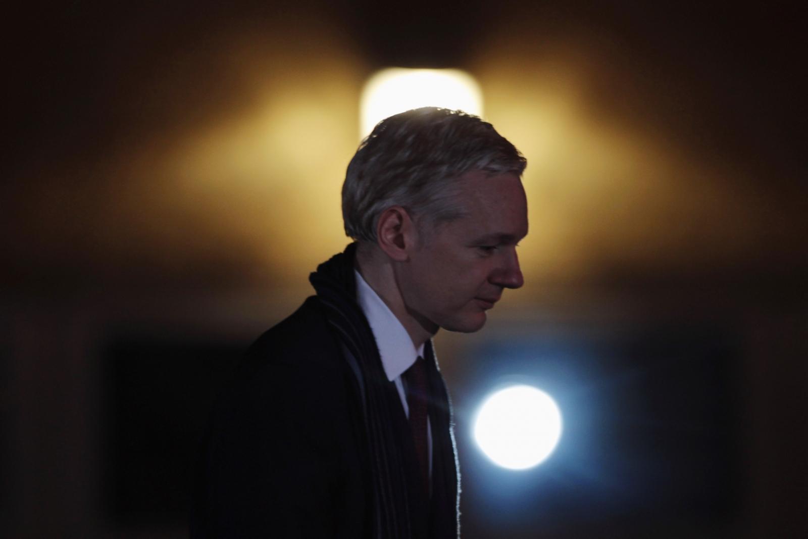 live leaks wiki wikileaks julian assange whistleblowing outfit  wikileaks julian assange whistleblowing outfit says trump tax wikileaks julian assange whistleblowing outfit says trump tax