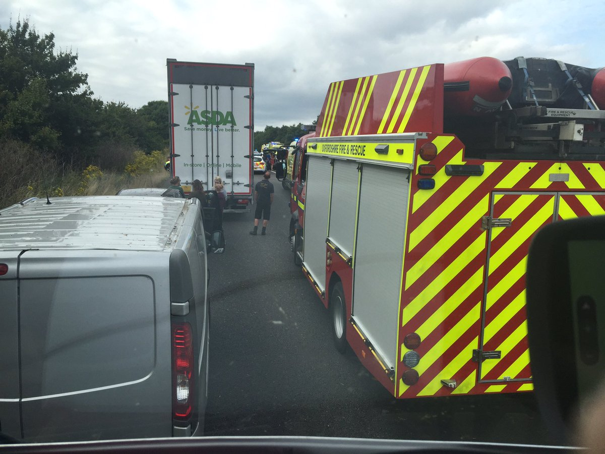 Eight vehicle accident on A34