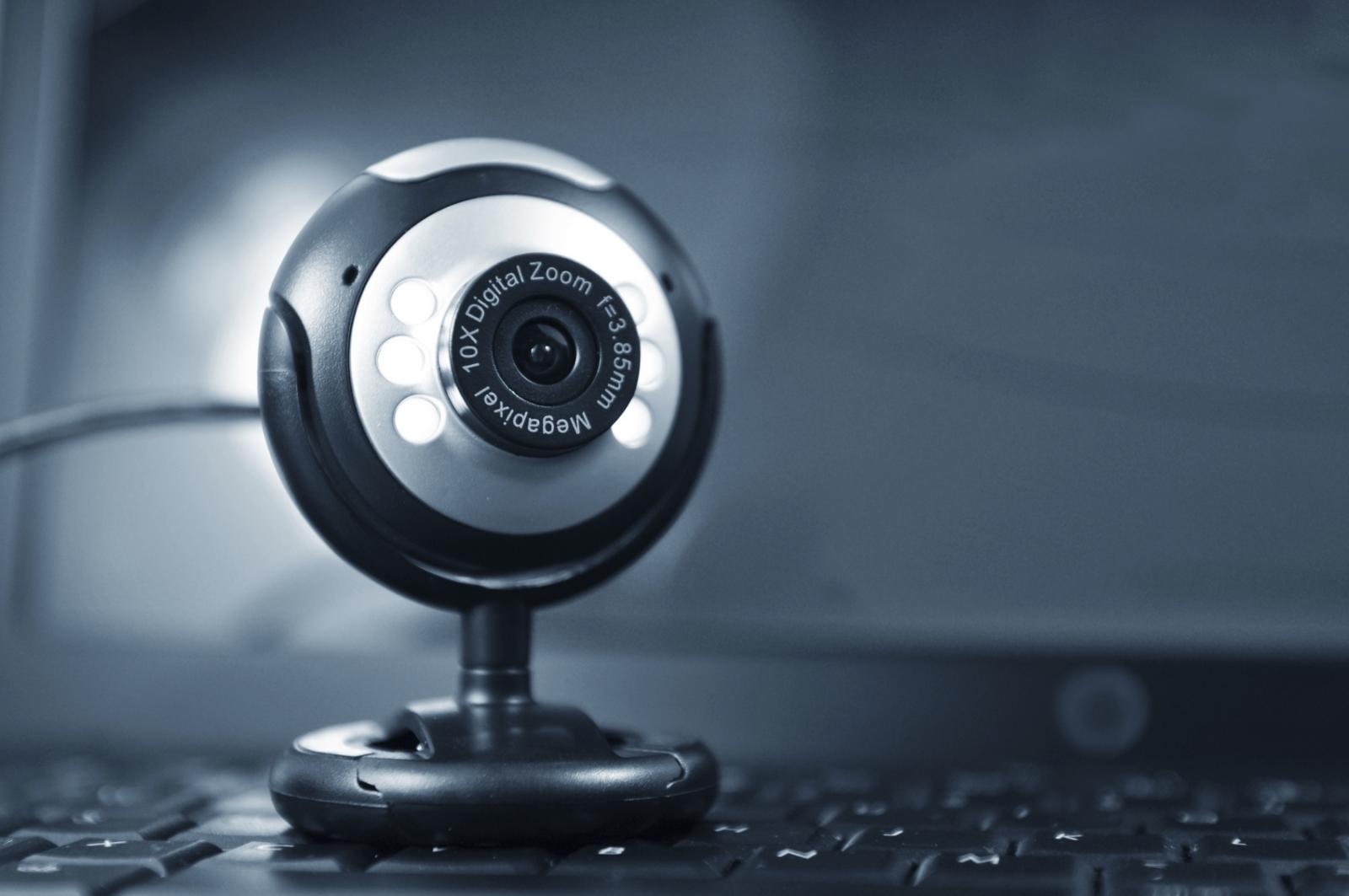 webcam hack live feed girls