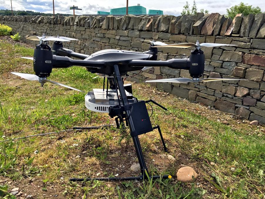 Nokia's quadcopter drone carrying Flexi Zone Pico cell