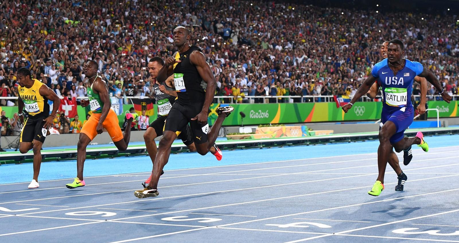 Rio 2016 Olympics: Usain Bolt wis historic third gold ...