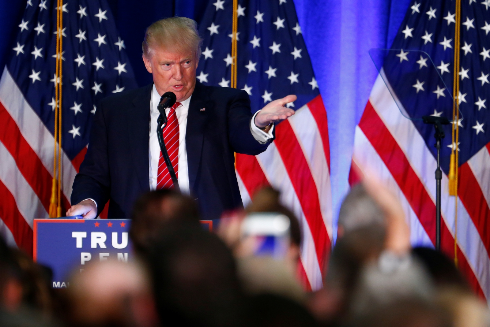 US Election 2016: Donald Trump makes appeal to African-American voters