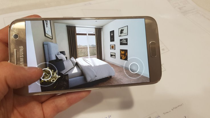 Smartphone show flat
