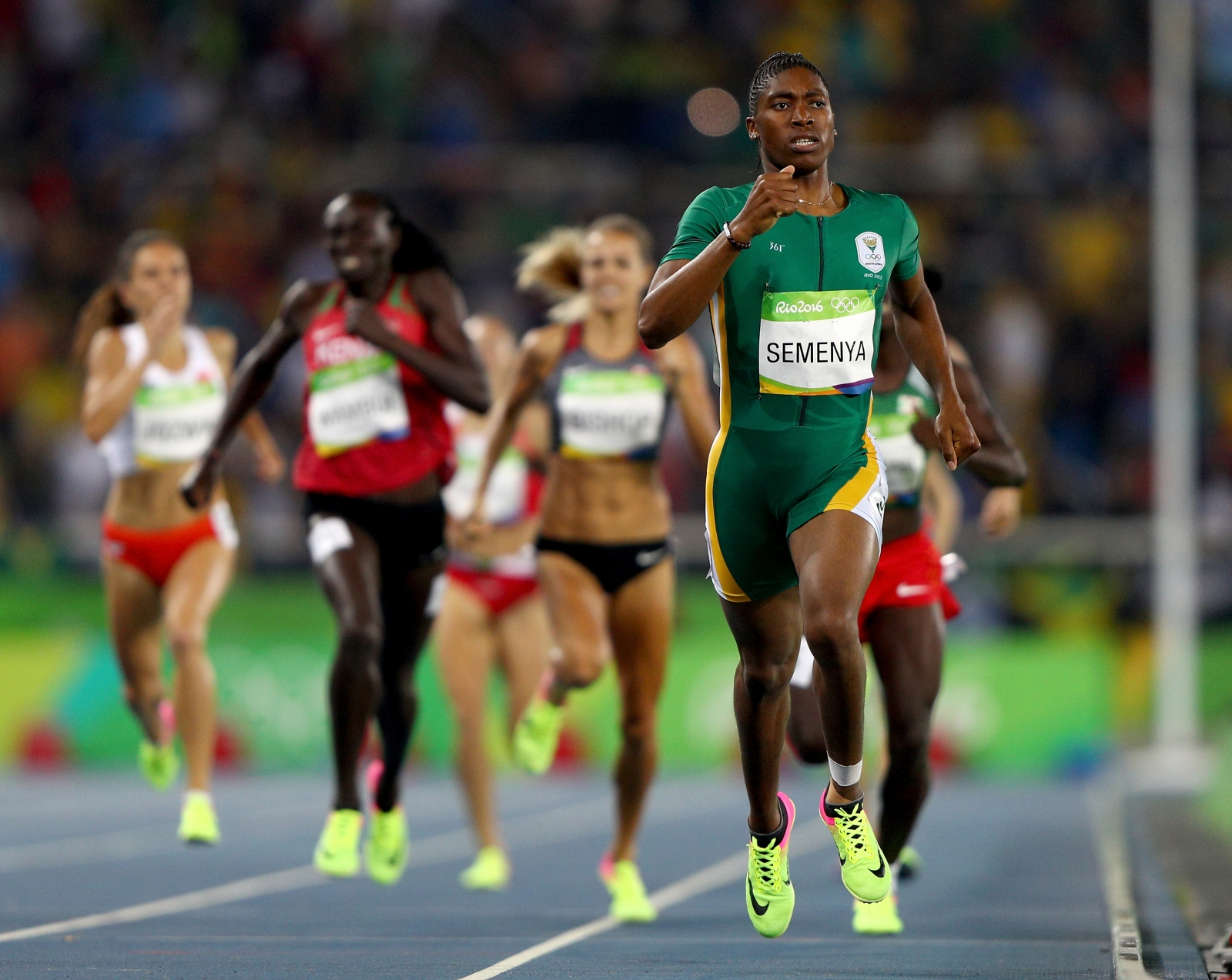Predictable, yet impressive, Semenya wins Olympic 800 gold