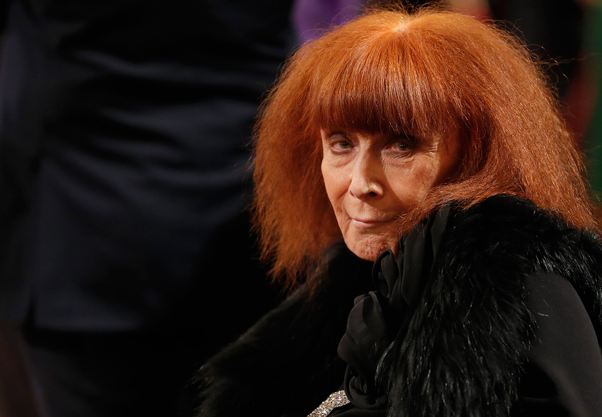 sonia rykiel french fashion designer dead at 86 after. Black Bedroom Furniture Sets. Home Design Ideas