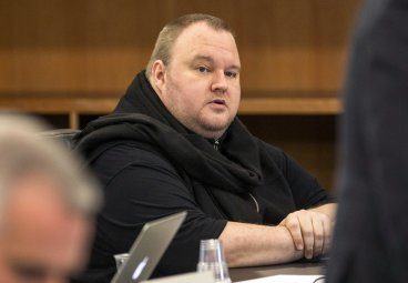 Megaupload founder Kim Dotcom seeks to live-stream extradition appeal to ensure fair hearing
