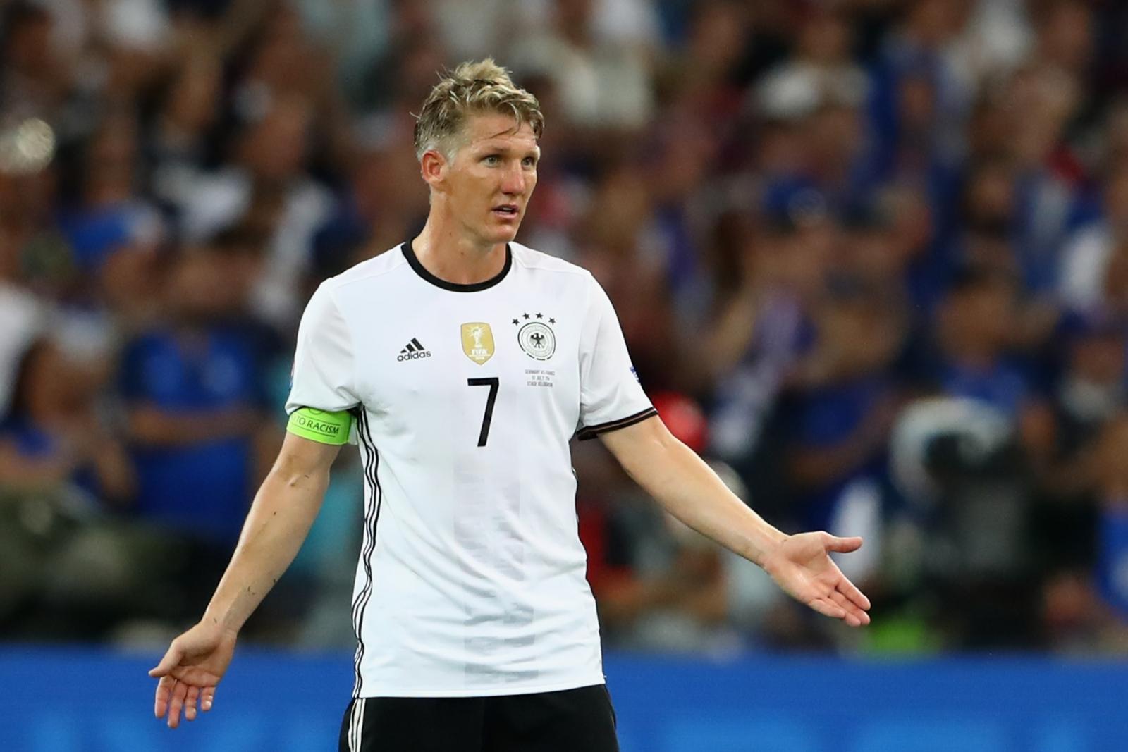 Manchester United Midfielder Bastian Schweinsteiger To
