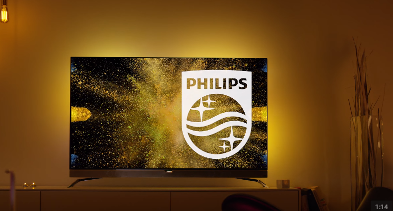 philips 39 first 4k oled is world 39 s only to feature ambilight technology. Black Bedroom Furniture Sets. Home Design Ideas