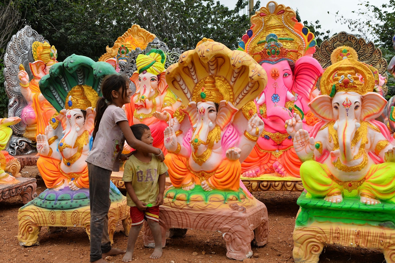 Decoration For Puja At Home Ganesh Chaturthi Festival Www Imgkid Com The Image Kid