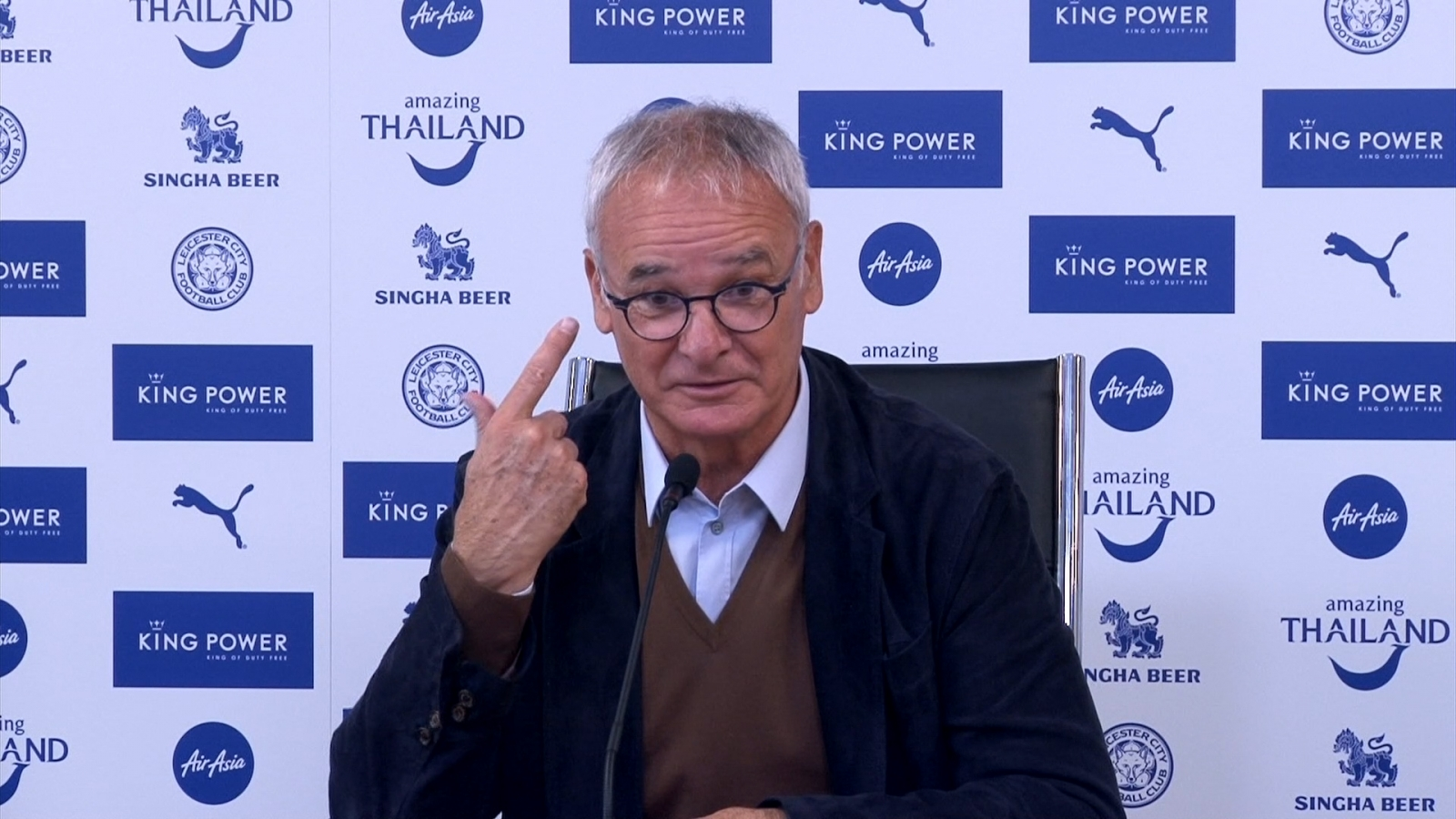 Claudio Ranieri says other managers should shoot themselves if Leicester win the league this year