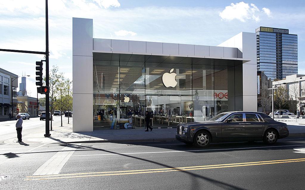 Apple Rejiggers Self-Driving Car Project