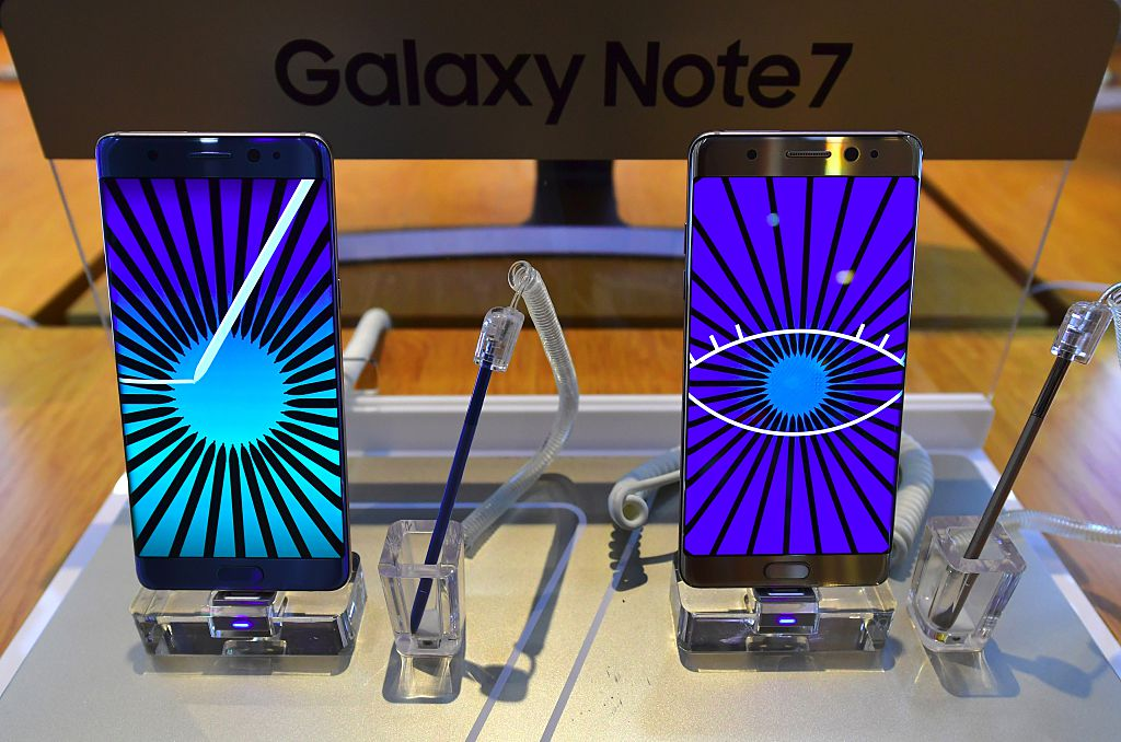 Airlines ban the Samsung Galaxy Note 7, are Theme Parks next?