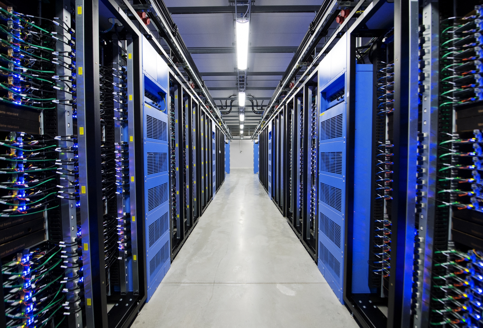 A loud noise shut down ING Bank's main data center in Romania for 10 hours