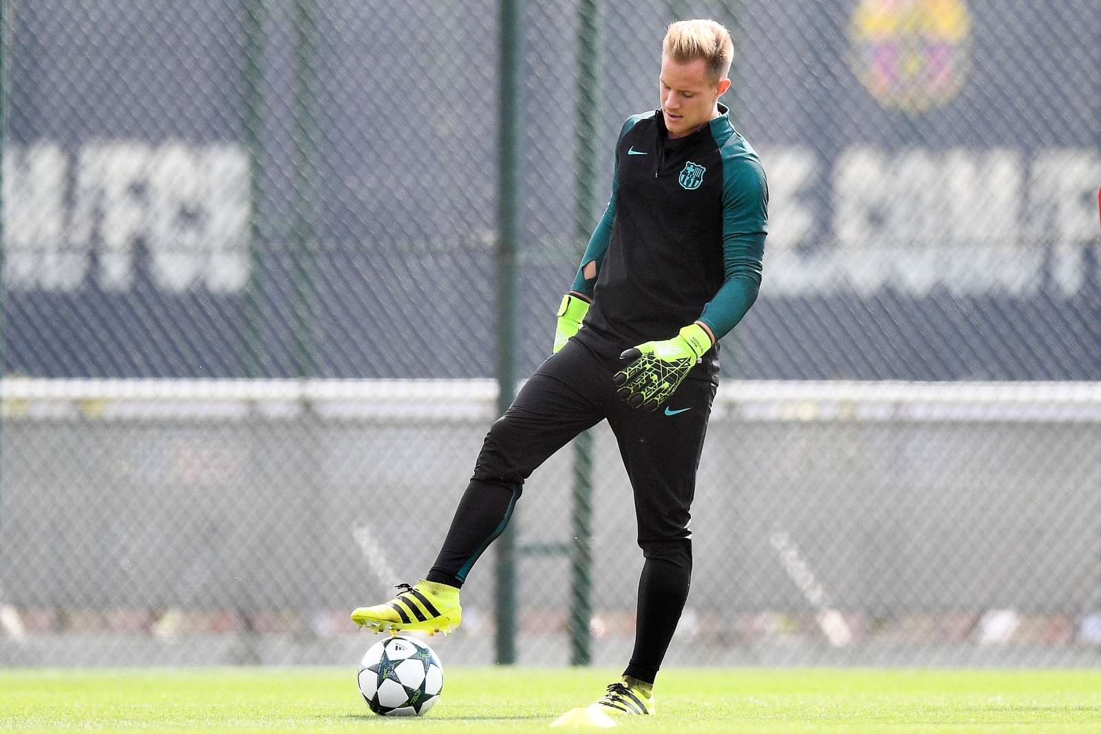 Ter Stegen returns for Celtic clash
