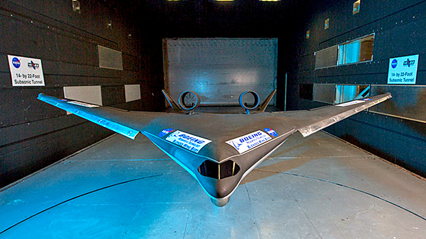 Boeing and NASA's blended wing body model