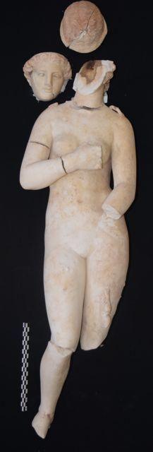 Petra ancient statue