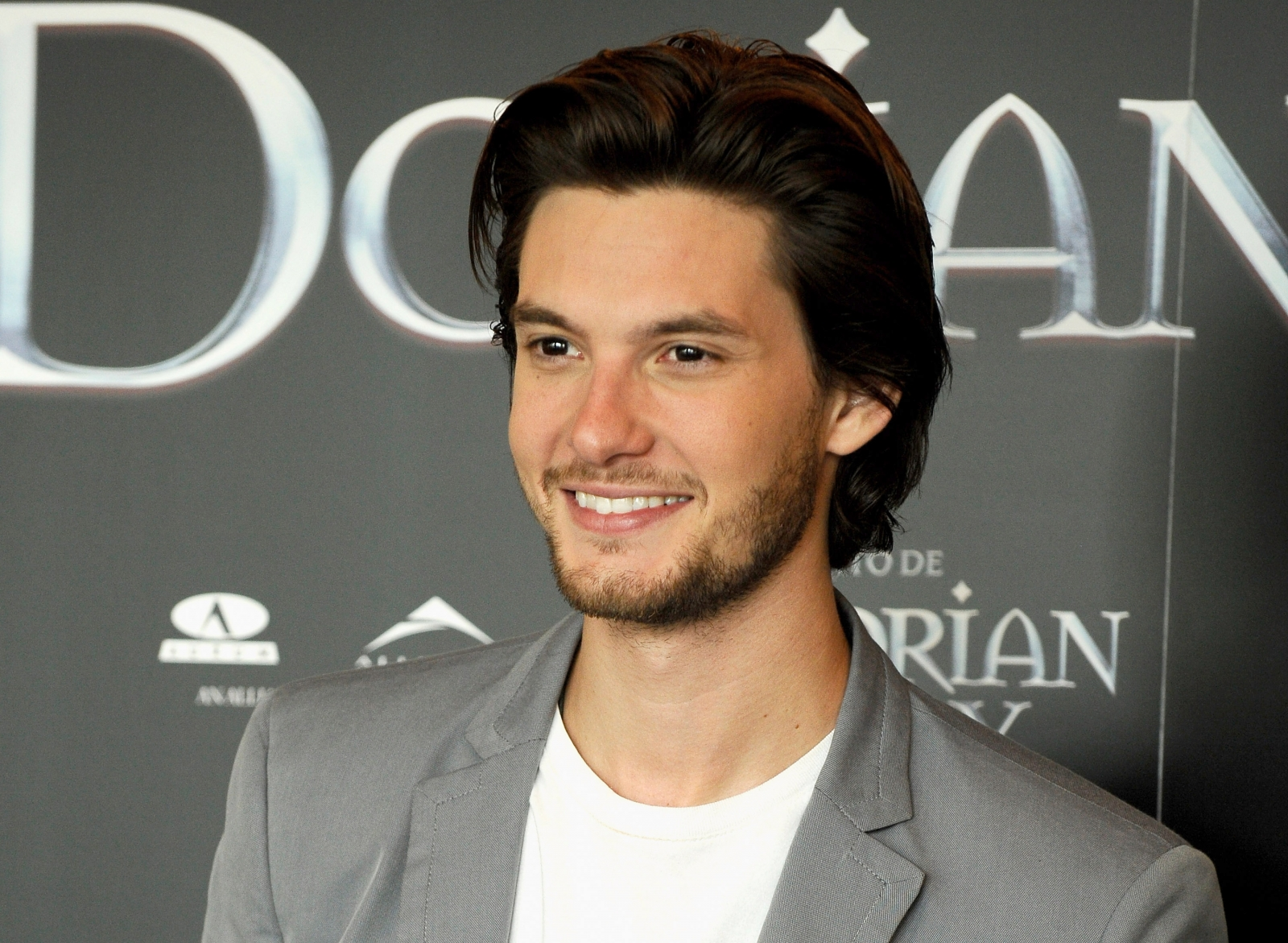 Ben Barnes Lands Role on Netflix's