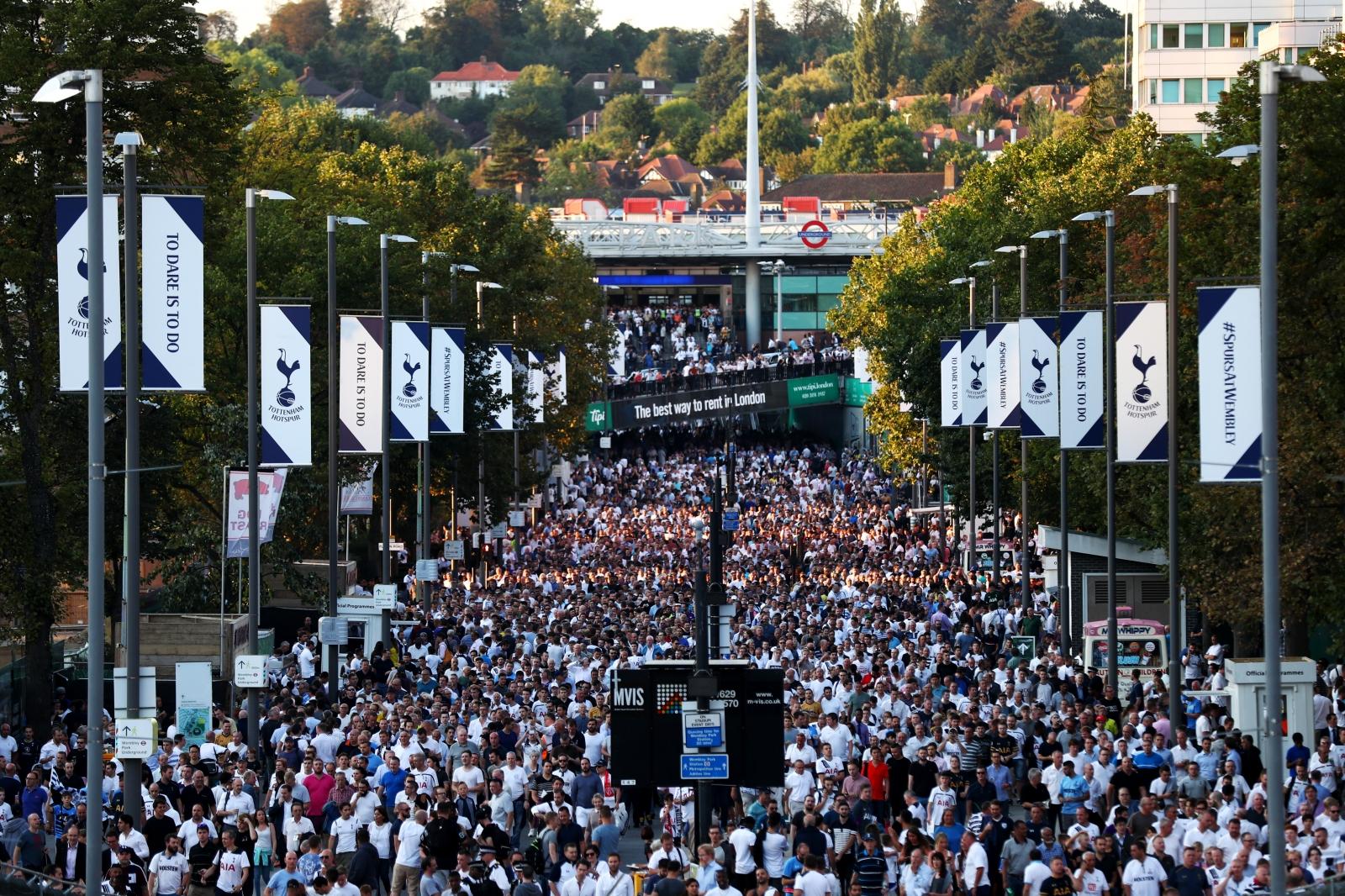Tottenham fans head into Wembley