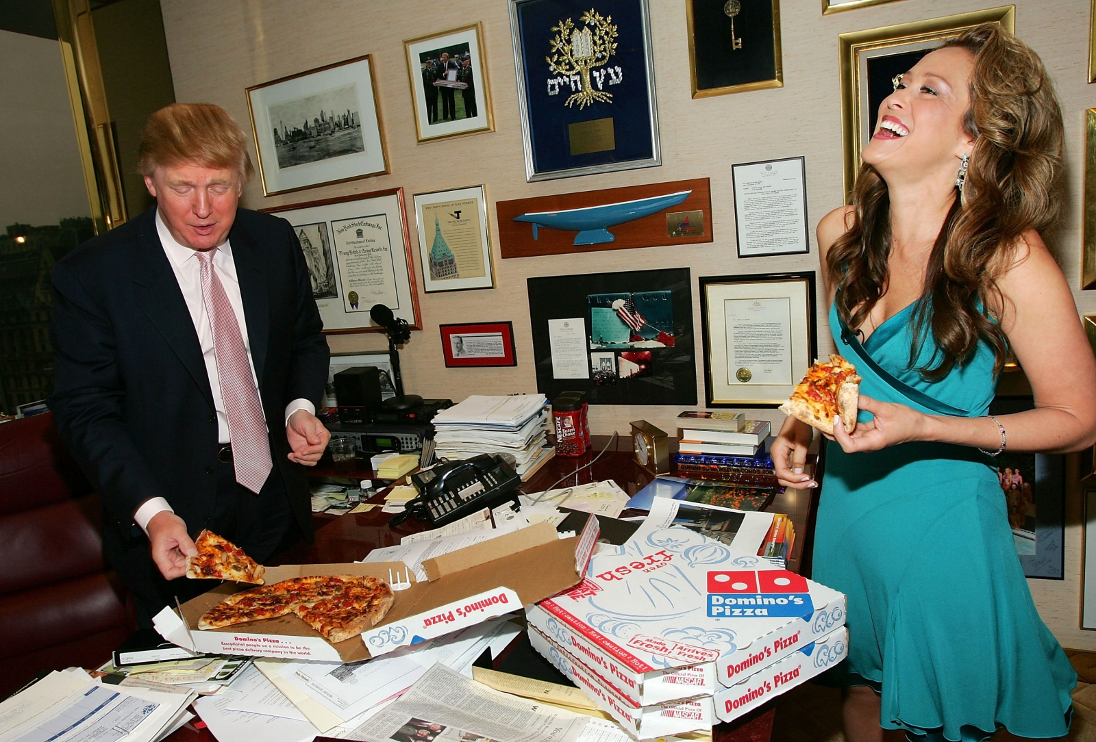 Donald Trump eating pizza