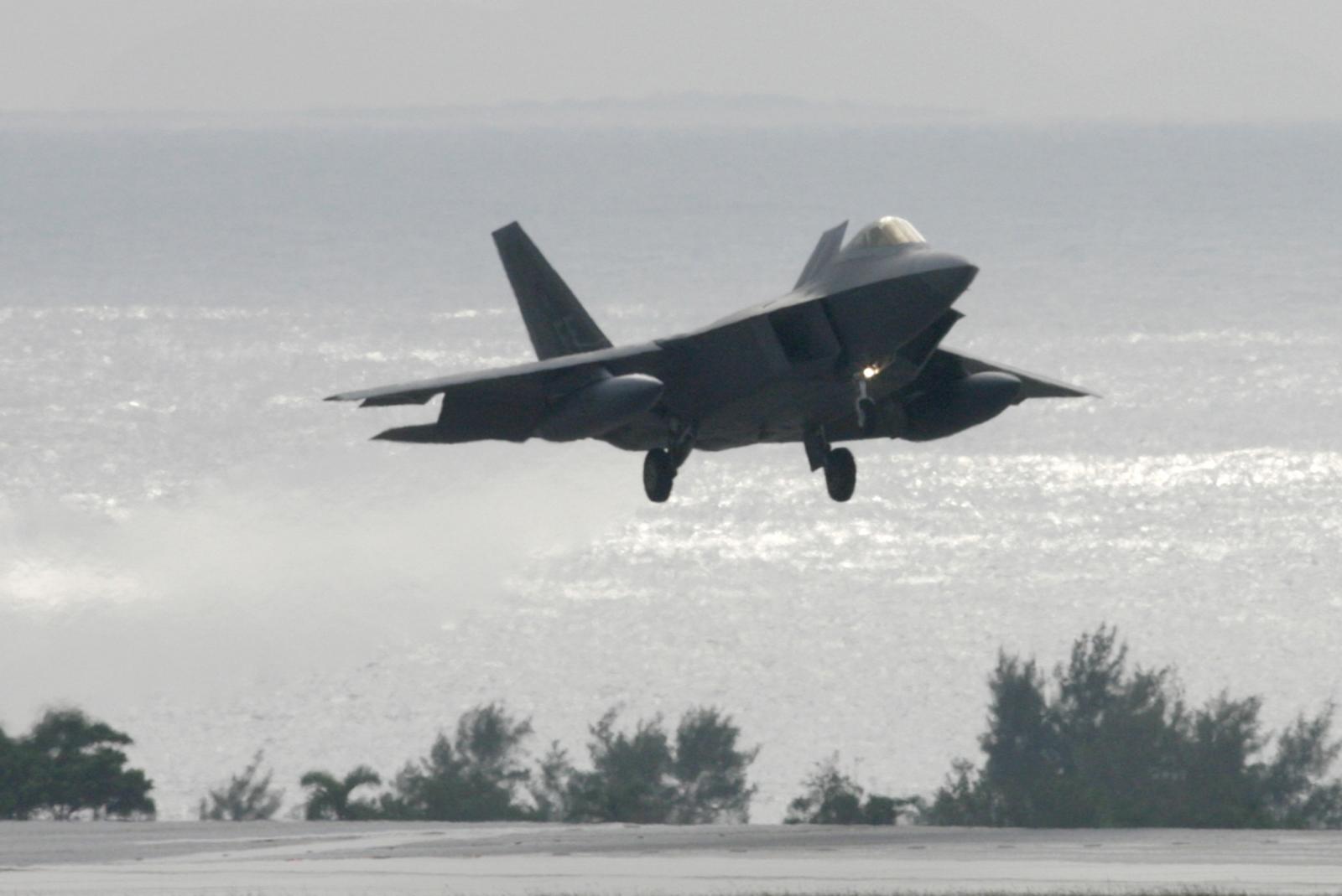 A U.S. Air Force F-22 Raptor