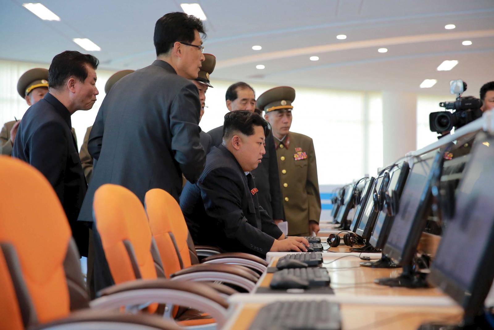 Kim Jong Un uses a computer