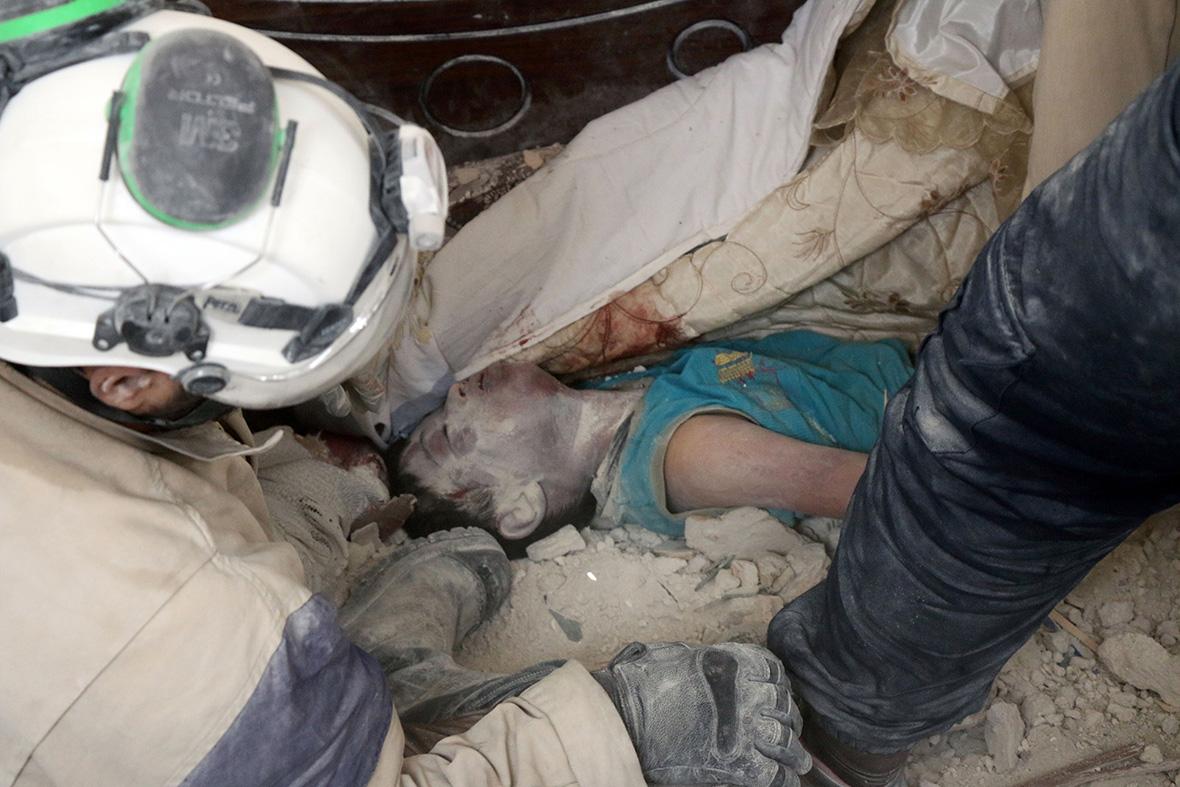 Aleppo air strikes dead babies